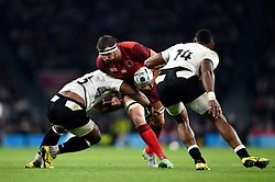 Tom Wood of England takes on the Fiji defence - Mandatory byline: Patrick Khachfe/JMP - 07966 386802 - 18/09/2015 - RUGBY UNION - Twickenham Stadium - London, England - England v Fiji - Rugby World Cup 2015 Pool A.