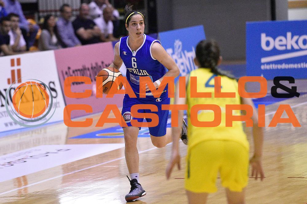 DESCRIZIONE : Caorle Amichevole Pre Eurobasket 2015 Nazionale Italiana Femminile Senior Italia Australia Italy Australia<br /> GIOCATORE : Francesca Dotto<br /> CATEGORIA : palleggio<br /> SQUADRA : Italia Italy<br /> EVENTO : Amichevole Pre Eurobasket 2015 Nazionale Italiana Femminile Senior<br /> GARA : Italia Australia Italy Australia<br /> DATA : 30/05/2015<br /> SPORT : Pallacanestro<br /> AUTORE : Agenzia Ciamillo-Castoria/GiulioCiamillo<br /> Galleria : Nazionale Italiana Femminile Senior<br /> Fotonotizia : Caorle Amichevole Pre Eurobasket 2015 Nazionale Italiana Femminile Senior Italia Australia Italy Australia<br /> Predefinita :
