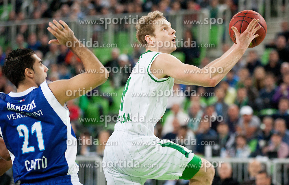 Pietro Aradori of Mapooro Cantu vs Jaka Blazic of Union Olimpija during basketball match between KK Union Olimpija and Mapooro Cantu (ITA) in 6th Round of Regular season of Euroleague 2012/13 on November 15, 2012 in Arena Stozice, Ljubljana, Slovenia. Union Olimpija defeated Mapooro Cantu 81-79. (Photo By Vid Ponikvar / Sportida)