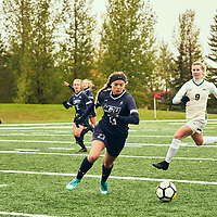 Women's Soccer home game on Sat Sep 22 at U of R Field. Credit: Arthur Ward/Arthur Images