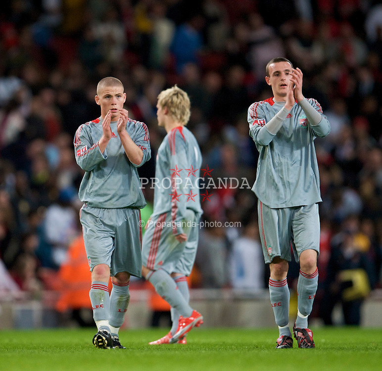 LONDON, ENGLAND - Friday, May 22, 2009: Liverpool's Karl Clair and Jack Robinson look dejected after the 4-1 defeat by Arsenal during the FA Youth Cup Final 1st Leg match at the Emirates Stadium. (Photo by David Rawcliffe/Propaganda)