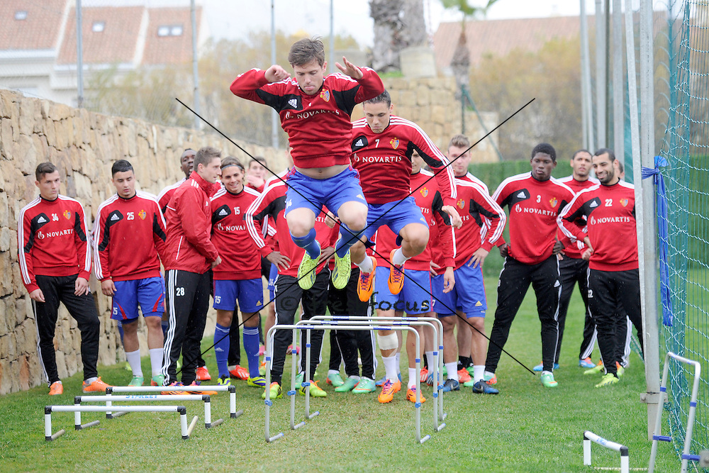 13.01.2014; Marbella; Fussball Super League - Training FC Basel;<br /> Valentin Stocker und David Degen (Andy Mueller/freshfocus)