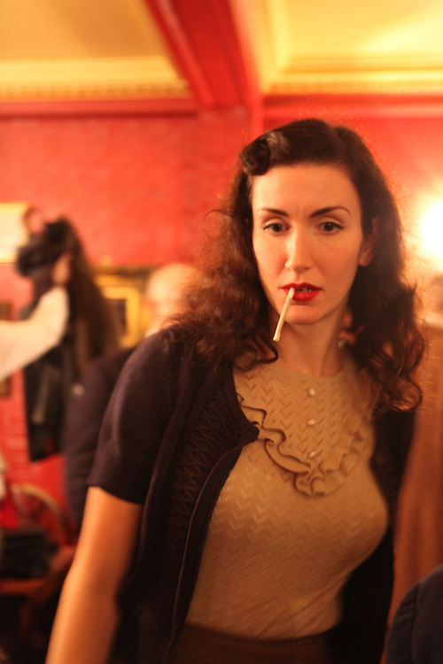 Fleur de Guerre, famous vintage blogger and expert at the New Sheridan Club