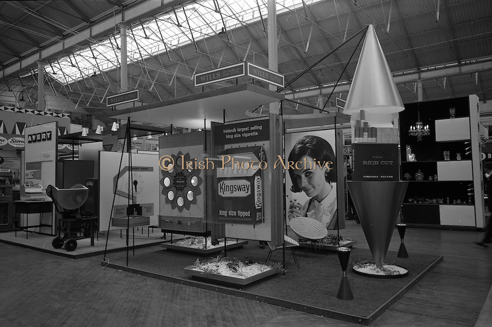 09/05/1964<br /> 05/09/1964<br /> 09 May 1964<br /> Wills Tobacco stand at the R.D.S. Spring Show advertising the Kingsway and Rich Cut brands.