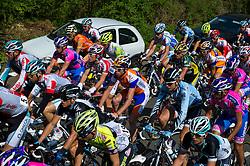 17-04-2011 WIELRENNEN: AMSTEL GOLD RACE: VALKENBURG<br /> Het peloton beklimt de Geulhemmerberg, in het midden Bram Tankink, ploeg Rabobank<br /> ©2011-WWW.FOTOHOOGENDOORN.NL / Peter Schalk