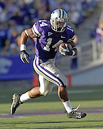 Kansas State running back Leon Patton rushes for a 37-yard touchdown in the fourth quarter against Iowa State at Bill Snyder Family Stadium in Manhattan, Kansas, October 28, 2006.  The Wildcats beat the Cyclones 31-10.<br />