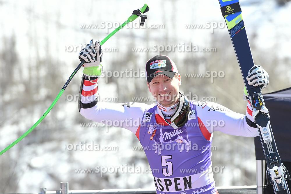 16.03.2017, Aspen, USA, FIS Weltcup Ski Alpin, Finale 2017, SuperG, Herren, Siegerehrung, im Bild Hannes Reichelt (AUT, Sieger und 2.Platz Super G Weltcup) // Winner of the Race and second Place Supe G World Cup Hannes Reichelt of Austria during the winner award ceremony for the men's Super-G of 2017 FIS ski alpine world cup finals. Aspen, United Staates on 2017/03/16. EXPA Pictures © 2017, PhotoCredit: EXPA/ Erich Spiess