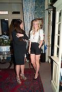 ELIZABETH SALTZMAN; GWYNETH PALTROW, Dinner hosted by Elizabeth Saltzman for Mario Testino and Kate Moss. Mark's Club. London. 5 June 2010. -DO NOT ARCHIVE-© Copyright Photograph by Dafydd Jones. 248 Clapham Rd. London SW9 0PZ. Tel 0207 820 0771. www.dafjones.com.