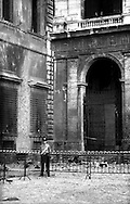 Roma 28 Luglio 1993.Attentato alla Basilica di San Giovanni in Laterano.Rome 28 July 1993.Attack on  the Basilica of San Giovanni in Laterano...
