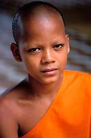 Cambodge, Siem Reap, Angkor, Angkor vat, Moines novices // Cambodia, Siem Reap, Angkor vat (wat), Monk