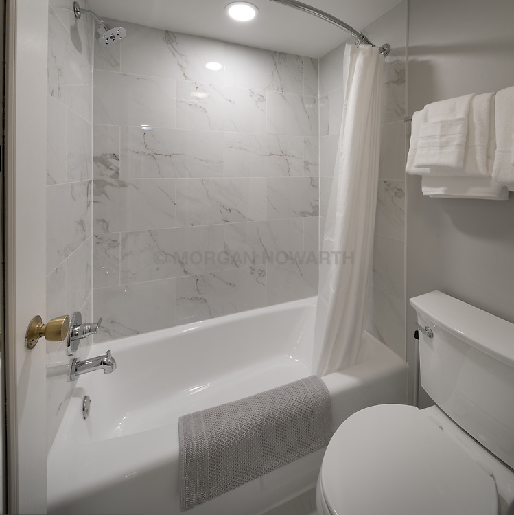 1718 P Street Master Bath VA2_107_255_Jan_Mach_2018