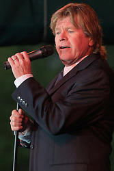 Peter Noone performing with Herman's Hermits at the Hamden Free Summer Concert Series. July 11, 2009 Town Center Park at Meadowbrook. Photo tweaked August 2011.