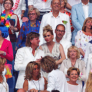 NLD/Amsterdam/20150530 - Toppers concert 2015 Crazy Summer edition, Conny Breukhoven en partner Eugene van Dun