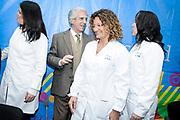 20180903/ Javier Calvelo - adhocFOTOS/ URUGUAY/ MONTEVIDEO/ Acto de toma de posesi&oacute;n de cargos de las directoras del Centro Hospitalario Pereira Rossell. Con la presencia de las autoridades de la Administraci&oacute;n de los Servicios de Salud del Estado (ASSE), en el hall del Centro Hospitalario Pereira Rossell se realizo el acto de toma de posesi&oacute;n de cargos de las directoras de ese hospital: Dra. Victoria Lafluf en el Hospital General; Dra. Natalia Cristoforone en el Hospital Pedi&aacute;trico, y Dra. Mara Castro en el Hospital de la Mujer.<br /> En la foto:  Tabar&eacute; Vazquez junto a Victoria Lafluf , Natalia Cristoforone y  Mara Castro en el Hospital de la Mujer durante el acto de toma de posesi&oacute;n de cargos de las directoras del Centro Hospitalario Pereira Rossell. Foto: Javier Calvelo /  adhocFOTOS