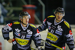 16.09.2016, Messestadion, Dornbirn, AUT, EBEL, Dornbirner Eishockey Club vs Moser Medical Graz 99ers, 1. Runde, im Bild Dustin Sylvester, (Dornbirner Eishockey Club, #19) und Martin Grabher Meier, (Dornbirner Eishockey Club, #91) // during the Erste Bank Icehockey League 1st Round match between Dornbirner Eishockey Club and Moser Medical Graz 99ers at the Messestadion in Dornbirn, Austria on 2016/09/16. EXPA Pictures © 2016, PhotoCredit: EXPA/ Peter Rinderer