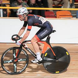 28-12-2014: Wielrennen: NK Baanwielrennen: Apeldoorn Tim Veldt