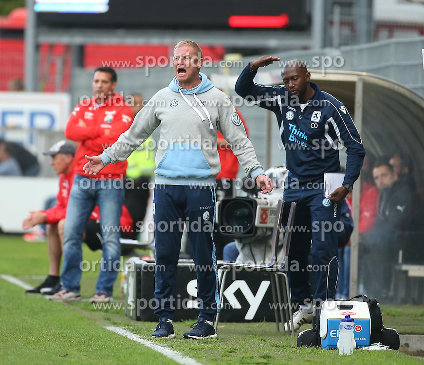 22.09.2015, Hardtwald, Sandhausen, GER, 2. FBL, SV 1916 Sandhausen vs TSV 1860 Muenchen, 8. Runde, im Bild Torsten Froehling (Trainer / Coach TSV 1860 Muenchen) veraergert // during the 2nd German Bundesliga 8th round match between SV 1916 Sandhausen and TSV 1860 Munich at the Hardtwald in Sandhausen, Germany on 2015/09/22. EXPA Pictures &copy; 2015, PhotoCredit: EXPA/ Eibner-Pressefoto/ Fudisch<br /> <br /> *****ATTENTION - OUT of GER*****