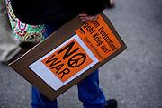 Frankfurt am Main | 28 Apr 2014<br /> <br /> Am Montag (28.04.2014) veranstalteten etwa 200 Menschen an der Hauptwache in Frankfurt am Main sogenannte Montagsdemos gegen Hartz IV und die Agenda 2010 und dann sp&auml;ter f&uuml;r den Frieden, gegen den Krieg etc., am zweiten Teil der Montagsdemo nahmen AfD-Aktivisten und die Neonazi-Aktivistin Sigrid Sch&uuml;&szlig;ler (NPD, RNF/Ring Nationaler Frauen) teil.<br /> Hier: Aktivistin mit einem &quot;No War&quot;-Transparent.<br /> <br /> &copy;peter-juelich.com<br /> <br /> [No Model Release | No Property Release]