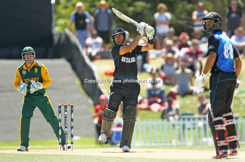 Ross Taylor of New Zealand batting during the ICC Cricket World Cup warm up game between New Zealand v South Africa at Hagley Oval, Christchurch. 11 February 2015 Photo: Joseph Johnson / www.photosport.co.nz
