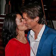 NLD/Amsterdam/20110209 - Premiere Blind Vertrouwen, Rick Engelkes en partner Annemarie Paol