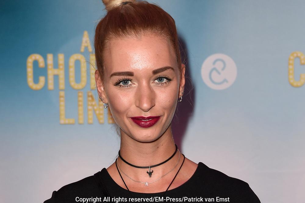 Premiere van A Chorus Line in het Zaantheater te Zaandam.<br /> <br /> Op de foto:  Romy Vlierhuis