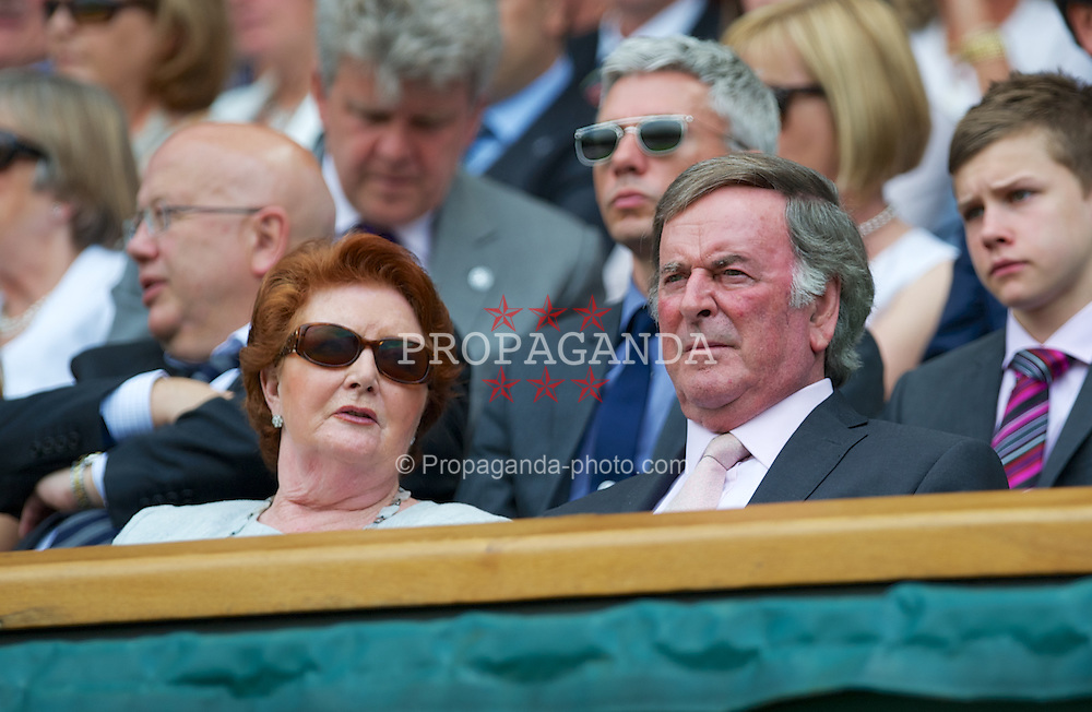 LONDON, ENGLAND - Tuesday, June 26, 2012: BBC Radio presenter Terry Wogan in the Royal Box during the Ladies' Singles 1st Round match on day two of the Wimbledon Lawn Tennis Championships at the All England Lawn Tennis and Croquet Club. (Pic by David Rawcliffe/Propaganda)