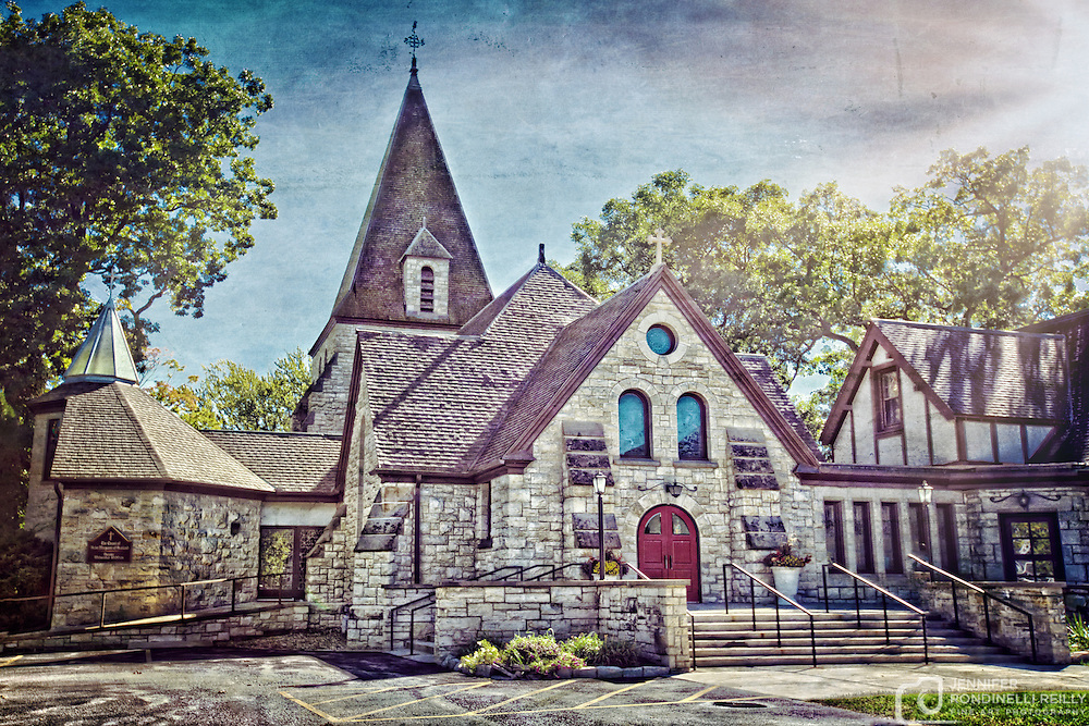 Photo of Zion Episcopal Church in Oconomowoc, WI.
