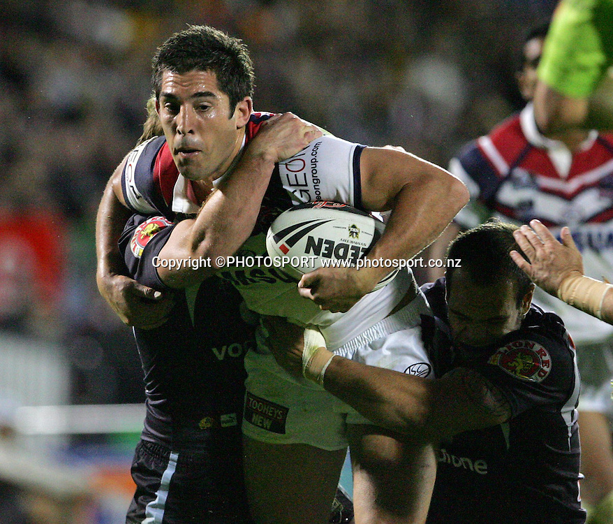 Roosters five eighth Braith Anasta on the charge. NRL, rugby league, Vodafone Warriors v Roosters, Mt Smart Stadium, Auckland, Sunday 25 May 2008. Photo: Renee McKay/PHOTOSPORT