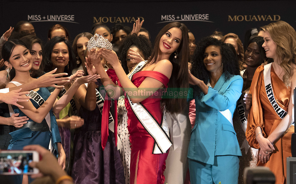 December 5, 2019, Atlanta, Georgia, USA: Current Miss Universe, Catriona Gray, from Philipines, holds new crown created by Pascal Mouawad, from Switzerland. The new crown will makes its official debut at the Miss Universe pageant Sunday Dec. 8. (Credit Image: © Robin Rayne/ZUMA Wire)
