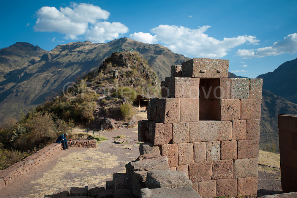 The Inca fortress of Pisac dominates the town and despite the past centuries, continues to watch the Valley from South