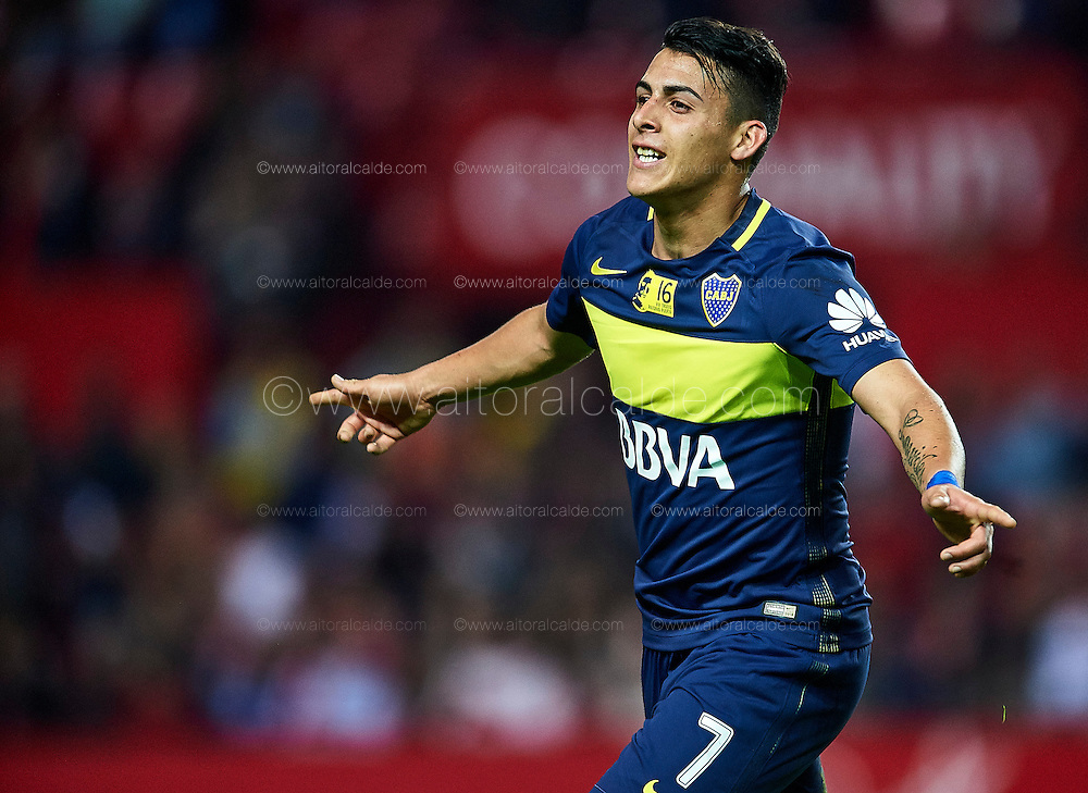 "SEVILLE, SPAIN - NOVEMBER 11:  Cristian Pavon of Boca Juniors celebrates after scoring during the match between Sevilla FC vs Boca Juniors as part of the friendly match ""Trofeo Antonio Puerta"" at Ramon Sanchez Pizjuan stadium on November 11, 2016 in Seville, Spain.  (Photo by Aitor Alcalde Colomer/Getty Images)"