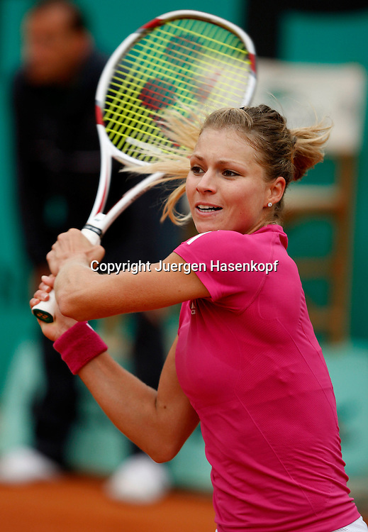 French Open 2010, Roland Garros, Paris, Frankreich,Sport, Tennis, ITF Grand Slam Tournament, ..Maria Kirilenko (RUS) ..Foto: Juergen Hasenkopf..