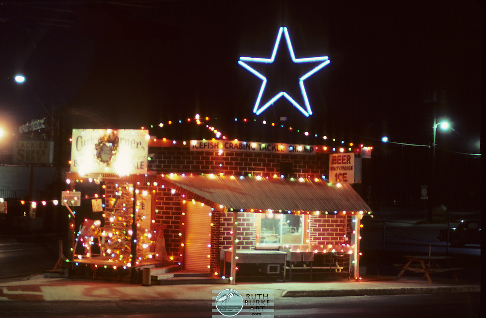 1980-Curley's Corner in Seabrook, Texas decorated with Christmas lights