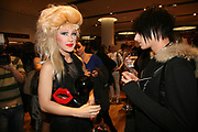 JODIE HARSH AND  NAT WELLER, Uniqlo - Japanese store launch party, 311 Oxford Street, London, W1. 6 November 2007. -DO NOT ARCHIVE-© Copyright Photograph by Dafydd Jones. 248 Clapham Rd. London SW9 0PZ. Tel 0207 820 0771. www.dafjones.com.