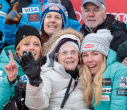 26.11.2017, Killington, USA, FIS Weltcup Ski Alpin, Killington, Slalom, Damen, Siegerehrung, im Bild v.l. Mutter Eileen Shiffrin, Oma Pauline Condron and Mikaela Shiffrin (USA, 1. Platz) // f.l. Mother Eileen Shiffrin Grandma Pauline Condron and winner Mikaela Shiffrin of the USA during the winner Ceremony for the ladie's Slalom of FIS Ski Alpine World Cup in Killington, United Staates on 2017/11/26. EXPA Pictures © 2017, PhotoCredit: EXPA/ Johann Groder