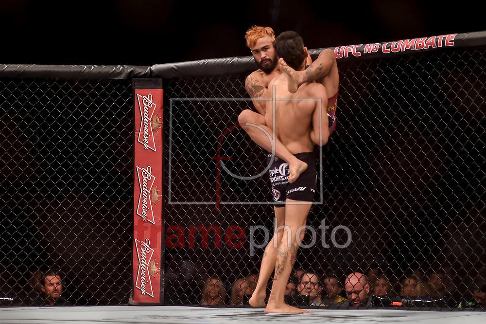 Godofredo pepey e Andre Fili  durante luta válida pelo UFC FIGHT NIGHT:  MAIA X LAFLARE, realizado no ginásio do Maracanazinho, zona norte da cidade do Rio de Janeiro, RJ. Foto: Ide Gomes / Frame