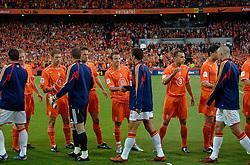 04-06-2005 VOETBAL: NEDERLAND-ROEMENIE: ROTTERDAM <br /> Het Nederlands elftal heeft weer een stap gezet richting het WK van volgend jaar in Duitsland. In Rotterdam werd Roemenië met 2-0 verslagen / Rafael van der Vaart<br /> ©2005-WWW.FOTOHOOGENDOORN.NL