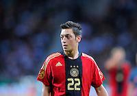 Fussball   International    Freundschaftsspiel   Deutschland - Suedafrika      05.09.09 Mesut OEZIL (GER), Portrait.