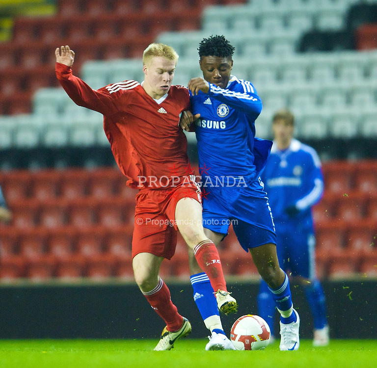 LIVERPOOL, ENGLAND - Thursday, February 5, 2009: Liverpool's Lauri Dalla Valle in action against Chelsea's Rohan Ince during the FA Youth Cup 5th Round match at Anfield. (Mandatory credit: David Rawcliffe/Propaganda)