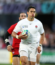 England's Shontayne Hape makes a break against Georgia in the Rugby World Cup pool match at Otago Stadium, Dunedin, New Zealand, Sunday, September 18, 2011. Credit:SNPA / Dianne Manson.