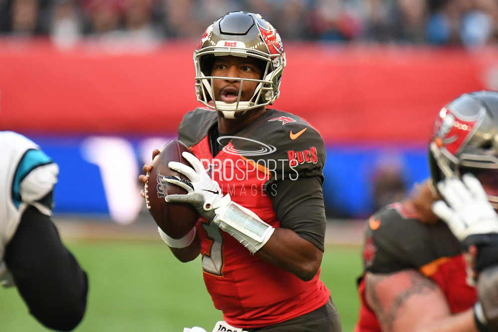 Tampa Bay Buccaneers Quarterback Jameis Winston (3) looks for an outlet during the International Series match between Tampa Bay Buccaneers and Carolina Panthers at Tottenham Hotspur Stadium, London, United Kingdom on 13 October 2019.