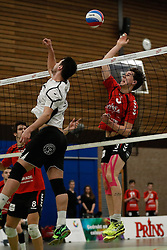 20170225 NED: Eredivisie, Valei Volleybal Prins - Coolen - Alterno: Ede<br />Guido Spooren of Coolen Alterno, Sander Heithuis of Valei Volleybal Prins <br />©2017-FotoHoogendoorn.nl / Pim Waslander