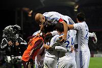 FOOTBALL - FRENCH CHAMPIONSHIP 2010/2011 - L1 - OLYMPIQUE LYONNAIS v LILLE OSC - 17/10/2010 - JOY LYON AFTER THE LISANDRO (LYON) GOAL<br />  - PHOTO FRANCK FAUGERE / DPPI