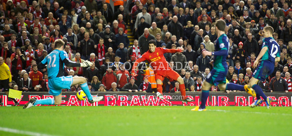 LIVERPOOL, ENGLAND - Wednesday, January 2, 2013: Liverpool's Luis Alberto Suarez Diaz scores the second goal against Sunderland during the Premiership match at Anfield. (Pic by David Rawcliffe/Propaganda)