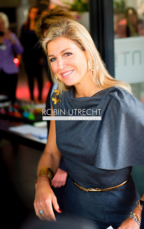 "HILVERSUM - Queen Maxima, honorary president of platform Pointer in money matters is Thursday, September 11th attended the DNB Retirement Seminar 2014 in theater Spant in Bussum. The seminar's theme is ""The participant in the picture. One of the topics is the importance of pension awareness among consumers. Audiences are directors and policymakers from pension funds. COPYRIGHT ROBIN UTRECHT"