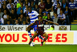 Grant Ward of Ipswich Town under pressure from Tyler Blackett of Reading - Mandatory by-line: Jason Brown/JMP - 09/09/2016 - FOOTBALL - Madejski Stadium - Reading, England - Reading v Ipswich Town - Sky Bet Championship