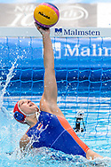 24-07-2017: Waterpolo: Nieuw Zeeland v Nederland: Boedapest<br /> <br /> (L-R) Laura Aarts of team Netherlands during the waterpolomatch between women New Zealand and Netherlands at the 17th FINA World Championships 2017 in Budapest, Hungary<br /> <br /> Photo / Foto: Gertjan Kooij