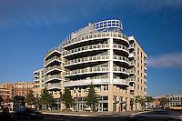 Exterior Architectural Image of Apartment Building in Arlington, VA