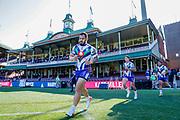 Leeson Ah Mau runs on to the SCG. Sydney Roosters v Vodafone Warriors. NRL Rugby League. Sydney Cricket Ground, Sydney, Australia. 18th August 2019. Copyright Photo: David Neilson / www.photosport.nz