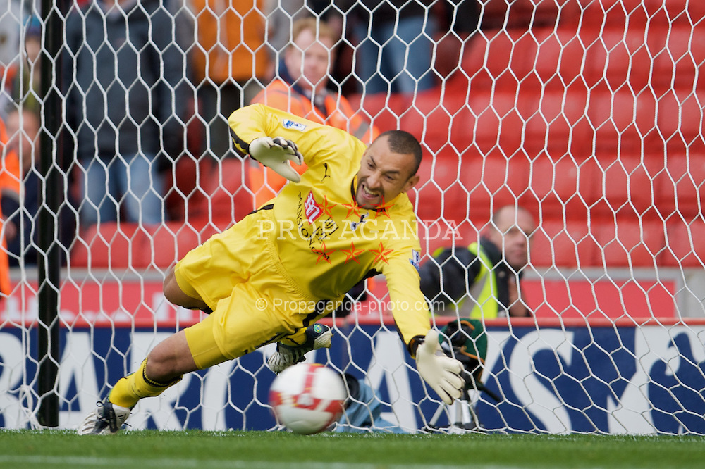 STOKE, ENGLAND - Sunday, October 19, 2008: Tottenham Hotspur's goalkeeper Heurelho Gomes is beaten from the penalty spot for Stoke City first goal during the Premiership match at the Britannia Stadium. (Photo by David Rawcliffe/Propaganda)